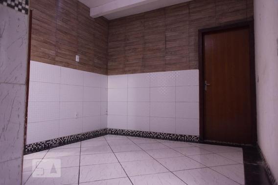Apartamento No 1º Andar Com 2 Dormitórios - Id: 892990087 - 290087