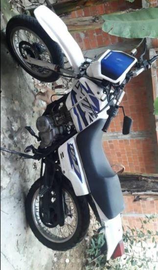 Honda Xlr125 Blanca Con Azul
