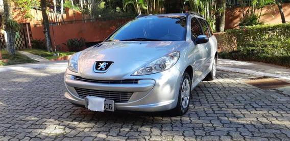 Peugeot 207 1.4 Xr Sw 8v Flex 2012 Prata Perfeito Estado