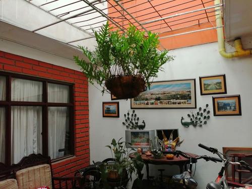 Imagen 1 de 14 de Vendo Casa Dos Plantas En Cali B/ Los Cambulos
