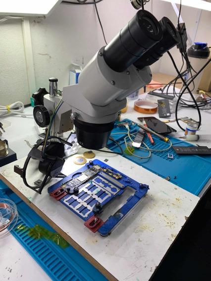 Microscópio Com Base