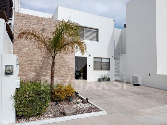 Casa Renta Lomas De Juriquilla