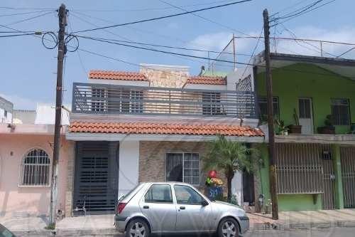 Casas En Venta En El Fundador, San Nicolás De Los Garza