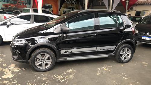 Imagem 1 de 7 de Volkswagen Crossfox 1.6 Preto 2012