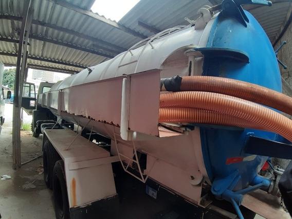 Carroceria / Sobre Chassi - Tanque 12m³ + Bomba Vácuo