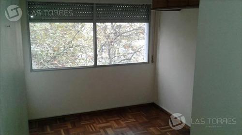 Apartamento 2 Dormitorios, Proximo A Br Artigas Y 18 De Julio