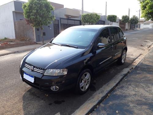 Imagem 1 de 15 de Fiat Stilo 2010 1.8 8v Flex 5p