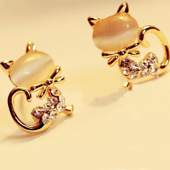 Gato Brinco Feminino Com Pedra Aço Folheado A Ouro