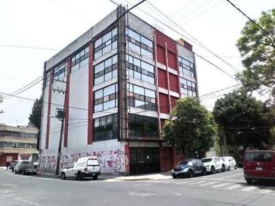 Edificio Para Inversionistas. Se Puede Adaptar Para Oficinas Coorporativas, Clinica, Escuela, Depart