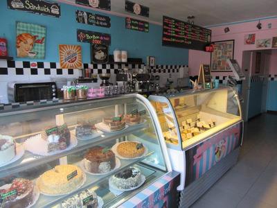 Se Vende Cafetería En Excelente Ubicación