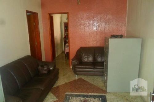 Imagem 1 de 15 de Casa À Venda No Sagrada Família - Código 11305 - 11305