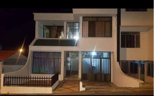 Imagen 1 de 6 de Hermosa Casa Para La Venta