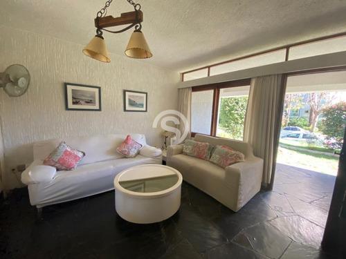 Apartamento 2 Dormitorios A La Venta- Ref: 4737