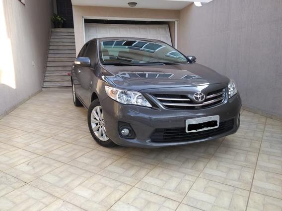 Toyota Corolla Altis 2.0 - 2014