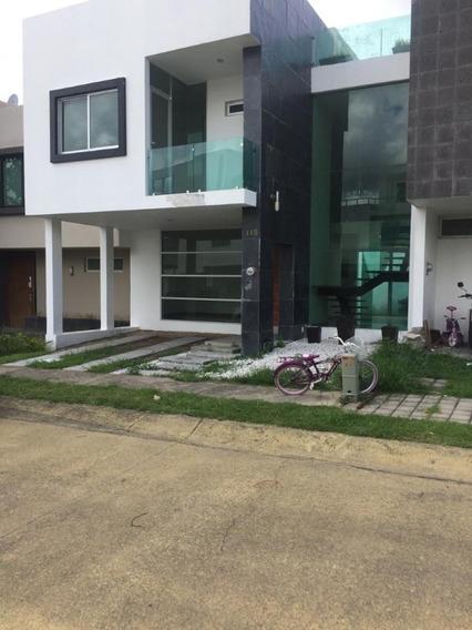Casa En Nueva En Venta En Fraccionamiento Valle Imperial, Zapopan, Jal.