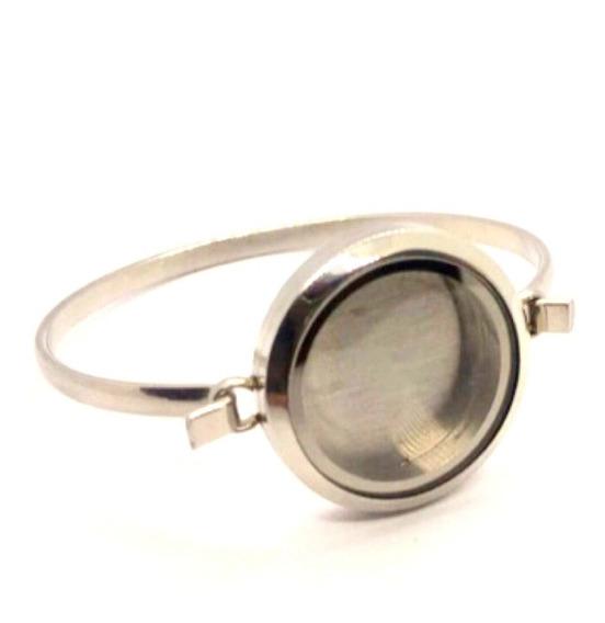 Bracelete Com Medalhão 30 Mm - Todo Em Aço