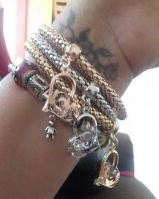 Bracelete Fashion Com Pingente Coração