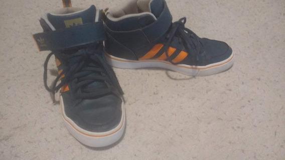 Zapatillas adidas Tipo Botitas Basquet