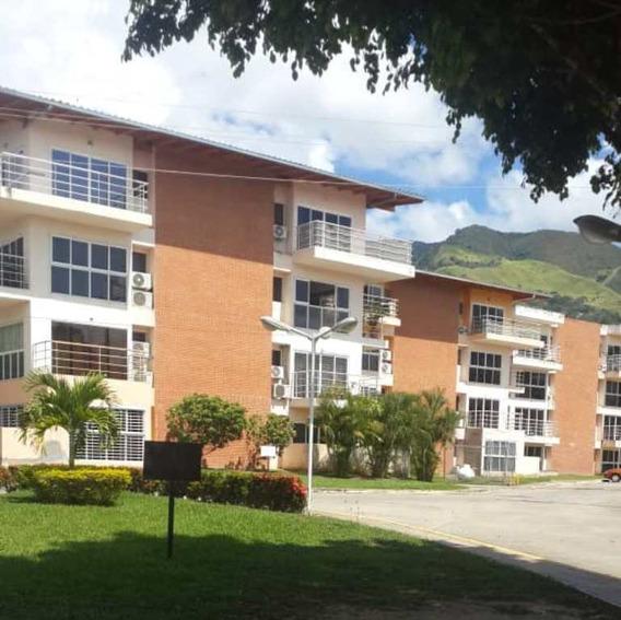Se Alquila Apartamento De 2 Hab., 2 Baños Y 1 Puesto De Est.