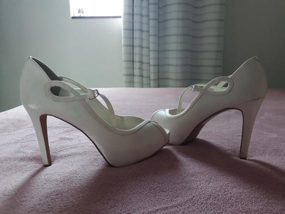 Sandala Usada Somente Uma Vez Para Um Casamento. Tamanho 36