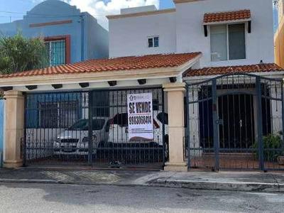 Venta Casa En Cancun Carca Plaza Outlet