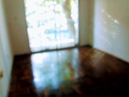 Apto Frente. 2 Dormitorios,dos Baños, Patio, Trza. . Garaje