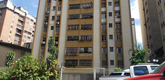Apartamento En Venta Mls #20-19049 Am