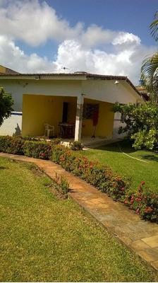 Casa Com Piscina, Churrasqueira, Jardim Paisagístico, Poço, 2 Qts , (1 Suíte) - Ca0161