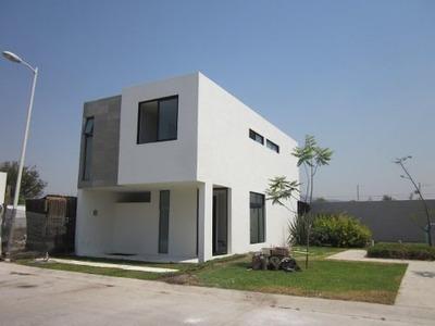 Casa En Venta Nueva Fracc La Rua, Tlajomulco De Zúñiga