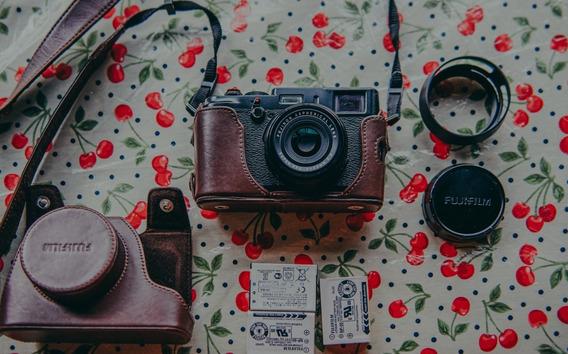Fuji Film X100s Black