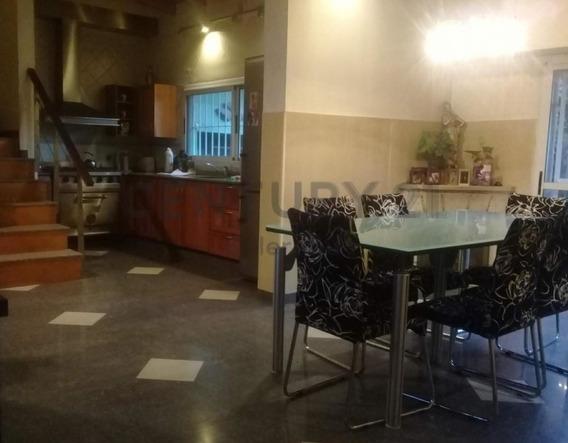 Venta Ph En Centro Comercial De Piñeyro Avellaneda.