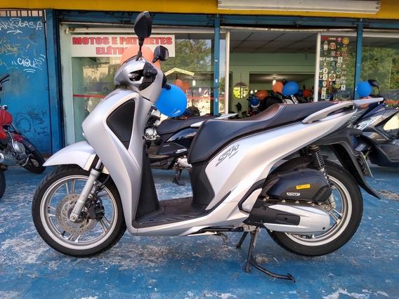 Honda Sh 150 I 2017 Prata Baixo Km R$ 10.999 Troca Financia