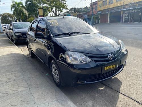 Imagem 1 de 11 de Toyota Etios X 1.5 2012/2013