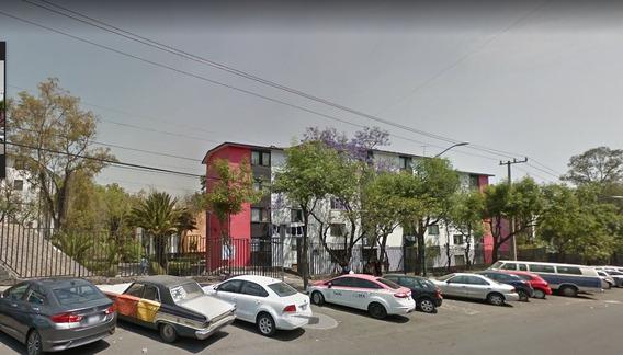 Excelente Departamento En Av. Centenario Remate Bancario