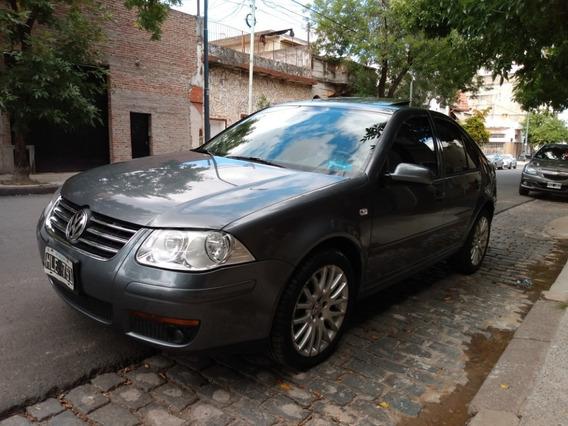 Volkswagen Bora 1.8t. Primera Mano. Cuero. Permuto. Financio