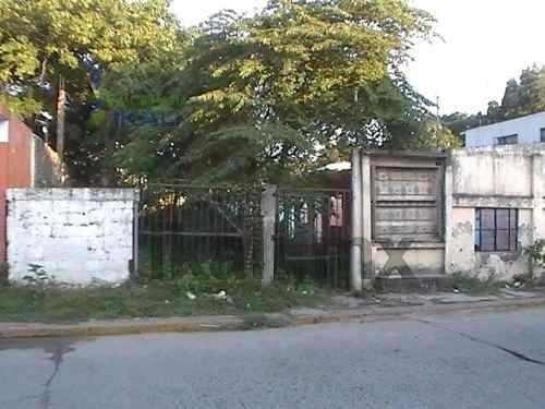 Tuxpan Veracruz Terreno En Venta Grande Céntrico. Ubicado En La Calle Heroica Veracruz, Casi Esquina Con Cuitláhuac En La Col. Miguel Alemán Valdés, Con Un Area De 20 M X 37 M. = 742 M², Tiene Todos