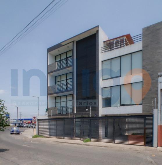 Edificio En Renta En Corregidora (oportunidad)