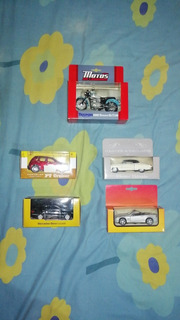 Colección Carros Juguetes El Universo. 5 Colecciones.