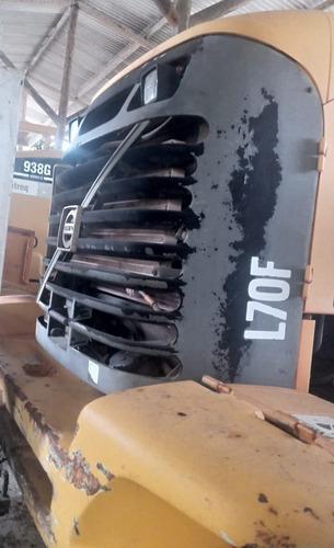 Imagem 1 de 4 de Carregadeira Volvo L 70