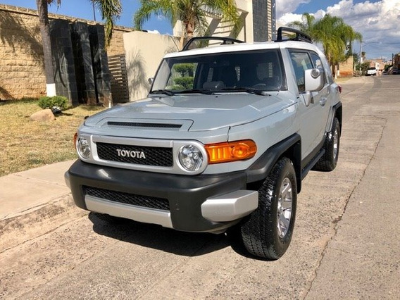 Toyota Fj Cruiser 4.0 3p Premium V6/ At 2014