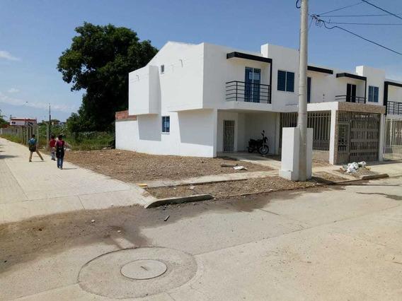Casa Esquinera Económica Para Estrenar - 532