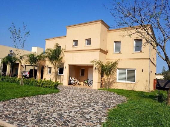 Casa En Venta Y Alquiler En Barrio Cerrado Santa Ana