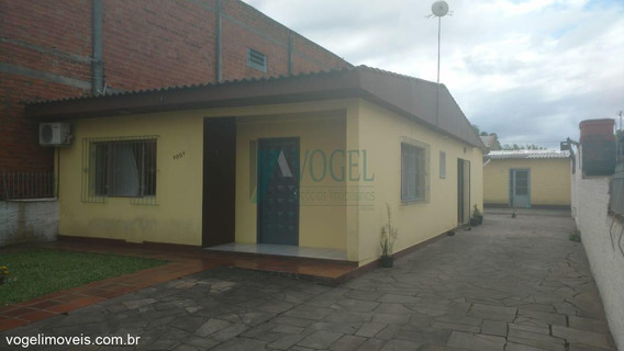 Casa Com 03 Dormitório(s) Localizado(a) No Bairro Fátima Em Canoas / Canoas - 32011372