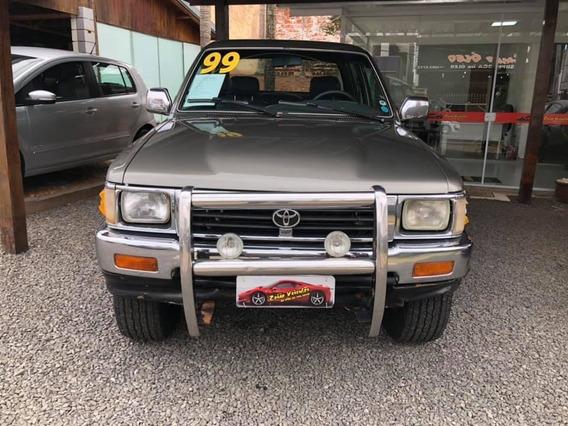 Toyota Hilux 2.8 Sr5 4x4 Cd 8v Diesel 4p