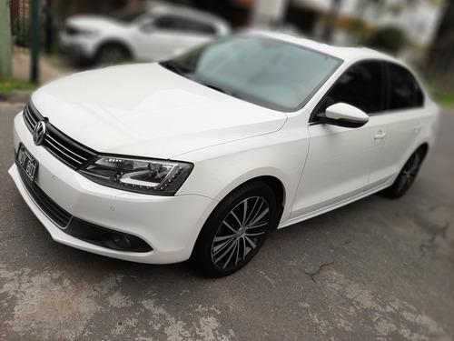 Imagen 1 de 15 de Volkswagen Vento 2014 2.0 Sportline Tsi 200cv Bi-xenon Dsg
