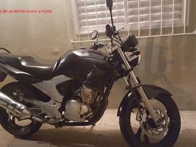 Fazer 250cc Yamaha ( Batida )