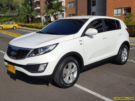 Kia New Sportage Revolution 4x4 2.4 Tp