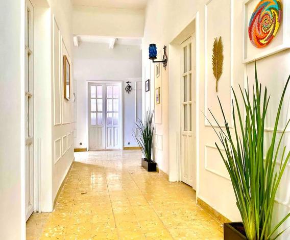 Increible Casa, Para Propiedad Residencial O Comercial, En El Centro Histórico De Queretaro