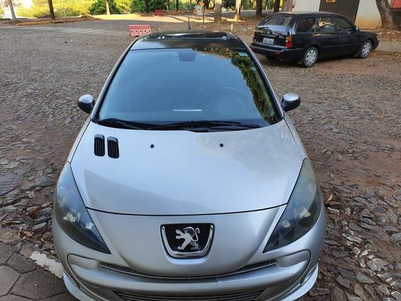 Peugeot 207 1.6 16v Quiksilver Flex 5p 2013