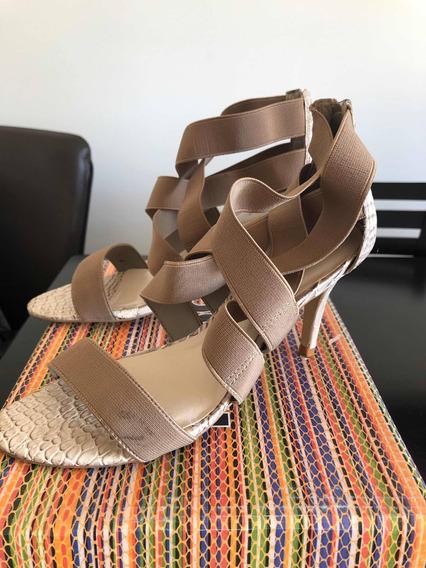 Sandalias Color Beige Talle 37 Marca Vía Uno